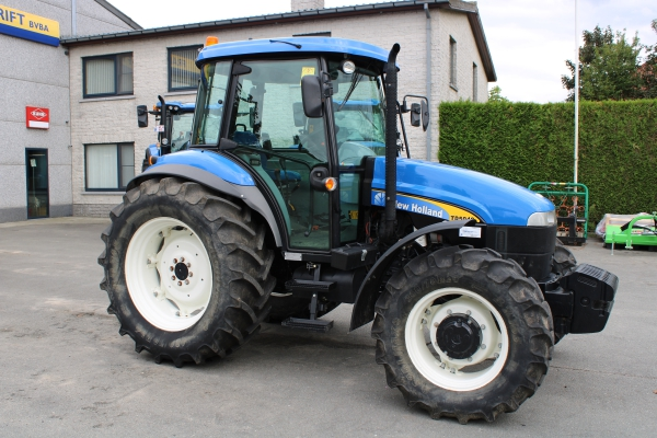 2DEHANDS - NEW HOLLAND TD5040